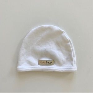 L'oved Baby beanie hat white size 0-3mos